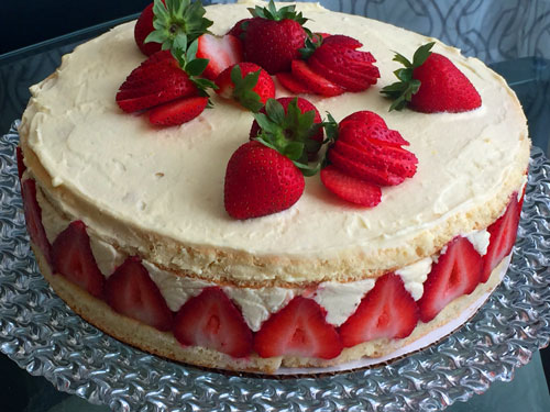 Fraisier-Strawberry-Cake.jpg